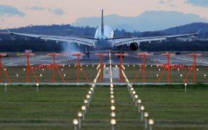 Women-in-Aviation-an-a330-lands-at-brisbane-airport