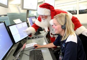 Women-in-Aviation-santa-visits-airservices-2
