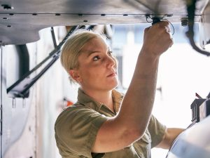 Women-in-aviation-Aircraft-Technician