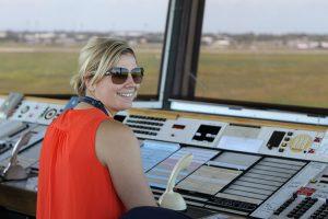 Women-in-aviation-air-traffic-controller